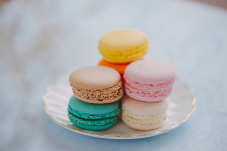 Delicious french dessert. Colorful pastel cake macaron or macaroon 写真素材 - 97961446