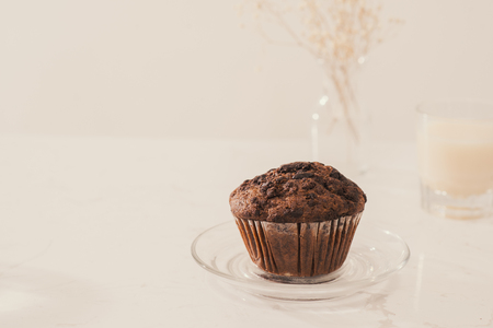 Dellicious homemade chocolate muffin on table. Ready to eat. Imagens