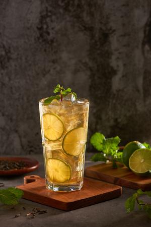 Glass of fresh drink lemonade tea 스톡 콘텐츠