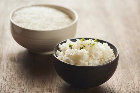cooked jasmine rice and raw organic rice
