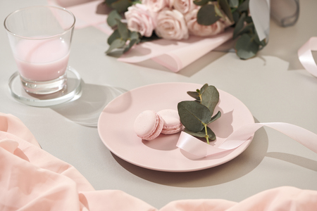 White background with pink and white objects 版權商用圖片