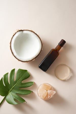naturaleza cosmética cuidado de la piel y aromaterapia con aceites esenciales .producto de belleza de ciencias naturales orgánicas. Bosquejo. Foto de archivo