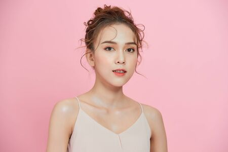 Attractice Asian face woman with fresh skin. Face care, facial treatment, cosmetology, beauty and healthy skin. Banque d'images