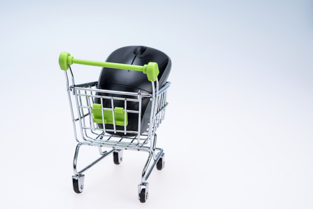 mouse: shopping cart and mouse
