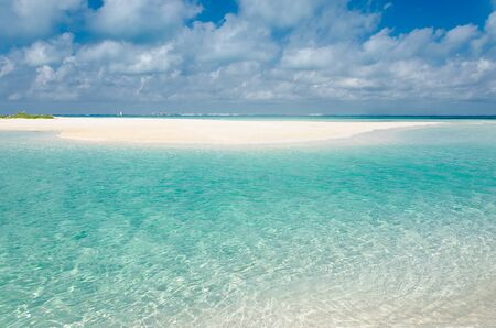 Transparante wateren van het strand van Punta Norte, Isla Mujeres