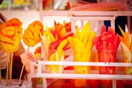 Vente de fruits typiquement mexicaine à Xochimilco, Mexico. Banque d'images - 20944648