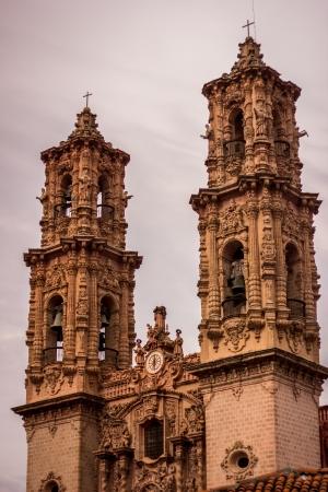 外のメキシコのゲレロ タスコ教会