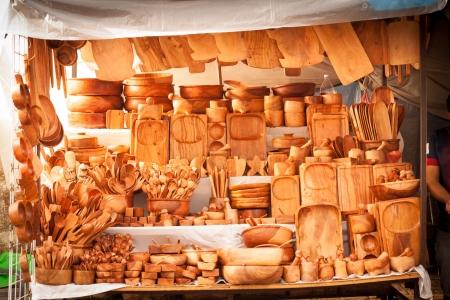 テポストラン、メキシコで木製の伝統的なキッチン用品ストリート マーケット ストア 写真素材