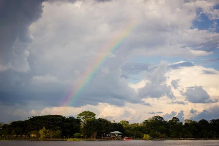 rio amazonas: amazon r�o arco iris