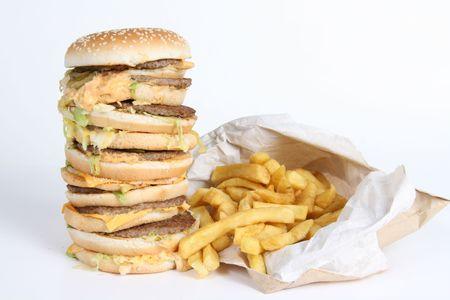 grasas saturadas: Burger enorme y Fries