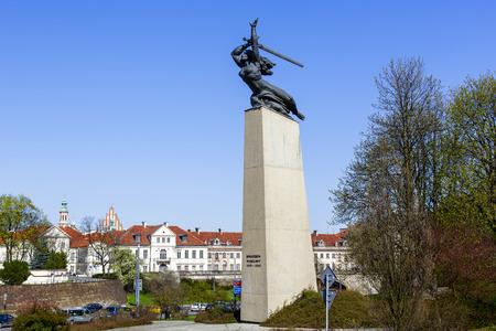 Kết quả hình ảnh cho Monument to the Heroes of Warsaw