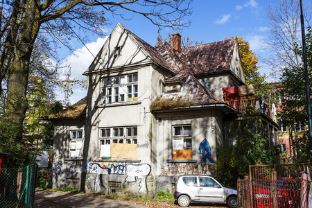 the local characteristics: ZAKOPANE, POLAND - OCTOBER 16, 2014: Villa made of brick, named Monte built in 1925 and designed by K. Stryjenski, with the characteristics of the local architectural monument