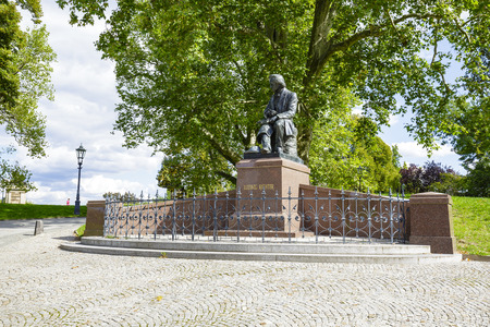 richter: DRESDEN, GERMANY - SEPTEMBER 19, 2015: Statue of Ludwig-Richter 1803-84 at Bruehls Garden, originally unveiled in 1898, in 1943 was melted as donations for Armaments, replica was unveiled in 2011