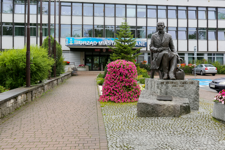 Zakopane, Poland  August 06, 2017: Statue to Andrzej Chramiec, Mayor of Zakopane. Made of bronze monument can be seen in front of the Town Hall. Redactioneel