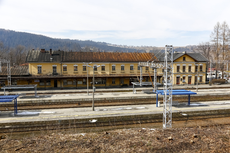 Zakopane, Poland - March 23, 2018: Railway station building. The platforms are empty, there are no people and there are no trains, all of them have left or have not arrived yet. 報道画像