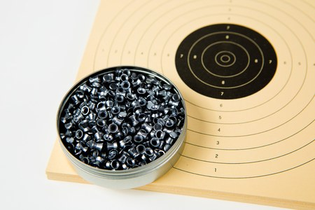 Box of 500 pieces of pellets for air guns on sporty paper targets for air pistol 10 meters Stock Photo
