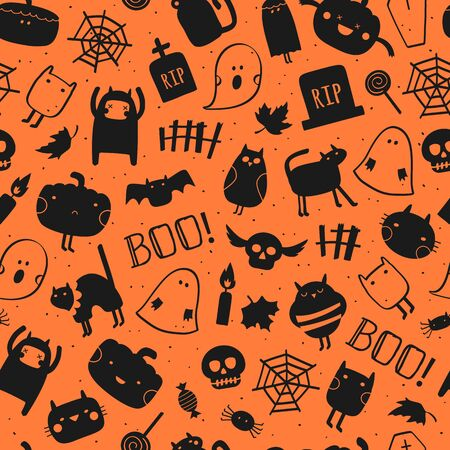 Halloween black and orange festive seamless pattern. Vector background with pumpkins, cats, skulls, monsters, ghosts, bats and spiders Standard-Bild - 133213253