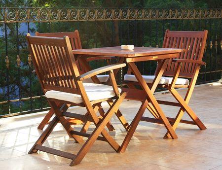 silla de madera: Barra de verano hermoso, madera de cuatro personas