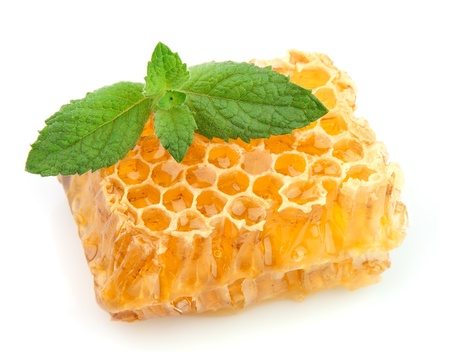 raw gold: Honey honeycombs with lemon and mint