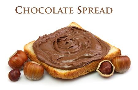 Brot mit Nutella und Filbert Nüsse Nahaufnahme