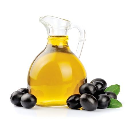 Tak met olijven en een fles olijfolie