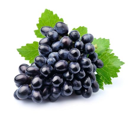 grapes: Uvas frutas aisladas sobre fondo blanco. Foto de archivo