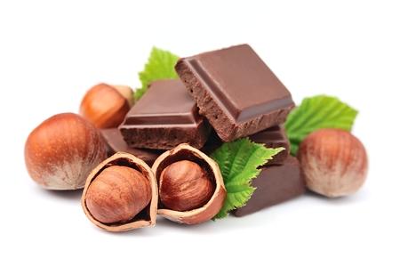チョコレートとヘーゼル ナッツのクローズ アップ