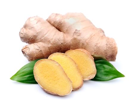 Ginger root in geïsoleerde witte achtergrond