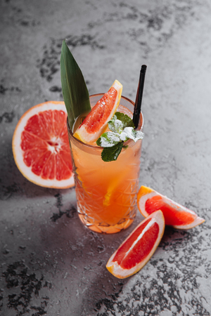 Grapefruit lemonade coctail.