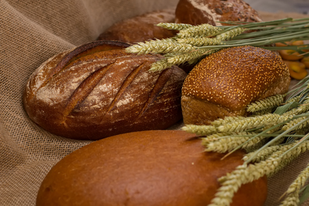 Bread showcase different kinds of bread on sackcloth