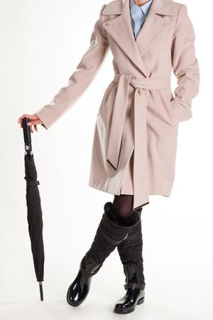 Mooi meisje in de lentekleren. Meisje met paraplu.
