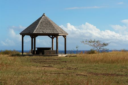 envisage: kiosk for spade to screw in the middle of a savanna and on bottom ocean,