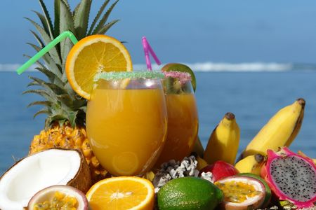 tendency: fruits juice with fruits on bottom tropical lagoon,