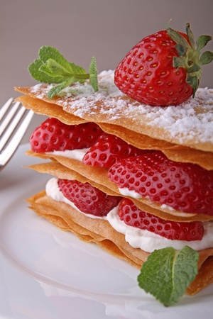 strawberry dessert, mille feuille