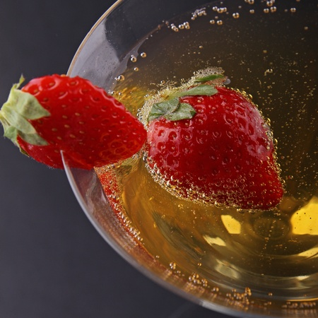 champagne and strawberry Stock Photo - 9509310