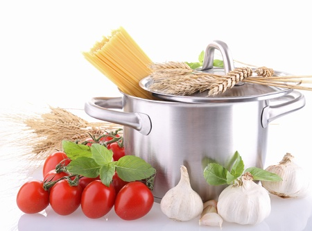 cooking ingredients: cooking pot, spaghetti and ingredient