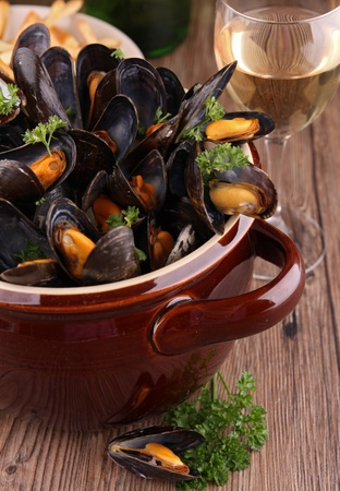 mussels: mussels and wine sauce Stock Photo