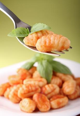 gnocchi: gnocchi and tomato sauce