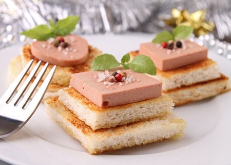 foie gras: canapes, buffet food