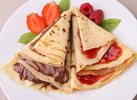 crepe: pancake wwith chocolate and jam