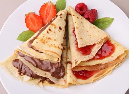 pancake wwith chocolate and jam