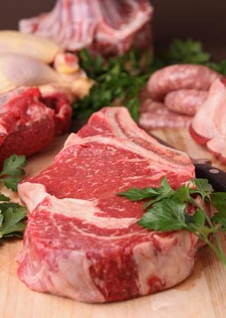 carnes: las carnes crudas
