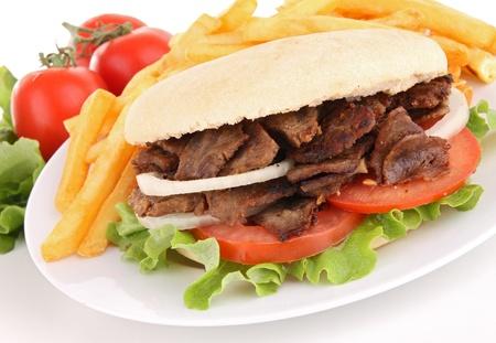 pinchos morunos: kebab y patatas franc�s