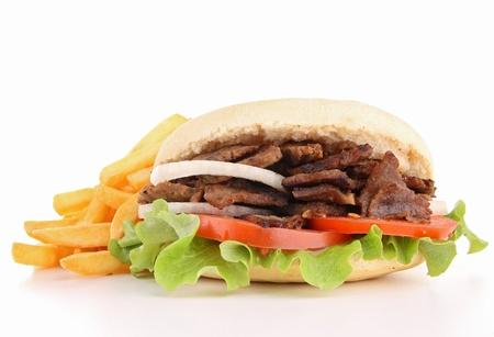 pinchos morunos: aislado kebab y patatas franc�s Foto de archivo