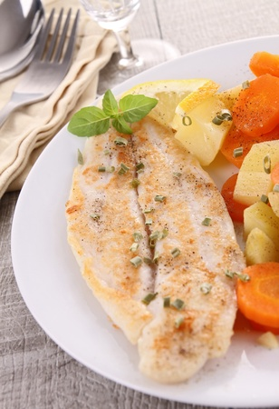 grilled fish Stock Photo - 13134645
