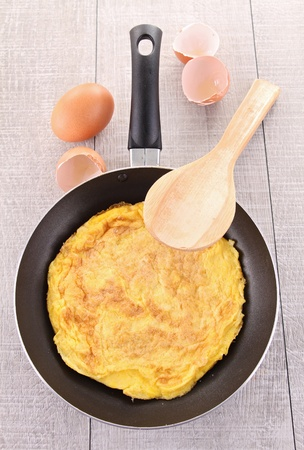 omelette in pan Stock Photo - 13227602