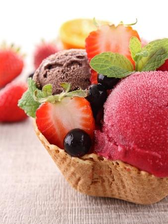 ice cream Stock Photo - 13926503