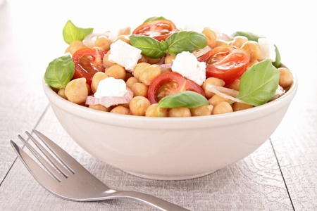 chickpea salad photo