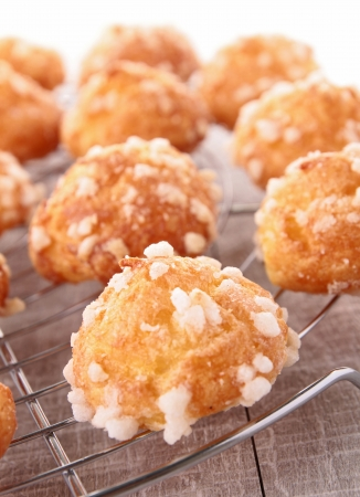 choux bun: french puff pastry