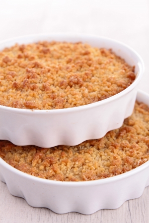 apple crumble photo